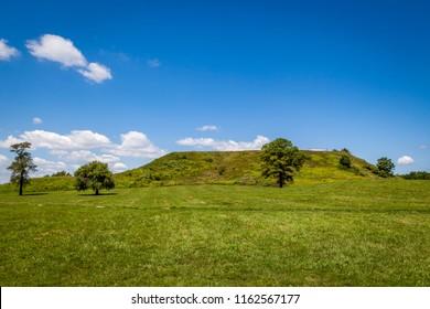 Cahokia Mounds Images, Stock Photos & Vectors | Shutterstock