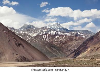 Cajon del Maipu. Andes mountains