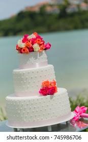 """Cake wedding."""