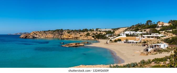 Imágenes, fotos de stock y vectores sobre Cala Tarida Ibiza