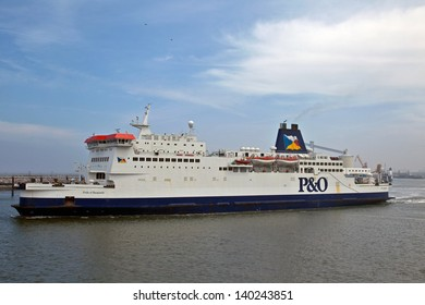 CALAIS, FRANCE - MAY 19: P&O ferry the 'Pride of Burgundy' leaves port for Dover on May 19,2013 in Calais. The Pride of Burgundy is a small cross channel ferry carrying only 1420 passengers & 600 cars