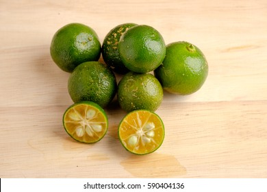 Calamansi on wooden table