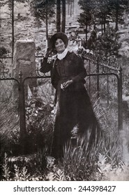 Calamity Jane (Martha Jane Burke) (1852-1903) at the grave of Buffalo Bill in 1900. She claimed to have been briefly married to Wild Bill Hickok in the 1870s.
