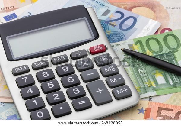 Calculator with euro bills