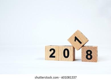 Calendar 2018 cube wood2