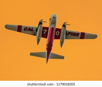 CalFire Tanker 70 over Holy Fire