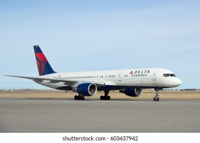CALGARY AB - MARCH 18, 2017. The LA Kings NHL Hockey Team arrives in Calgary to play the Calgary Flames aboard a Delta Airlines Boeing 757