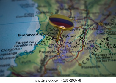 Cali pinned on a map with flag of Colombia