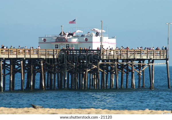 California pier head