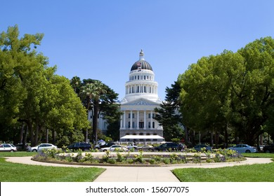 California State Capitol building located in Sacramento, CA.
