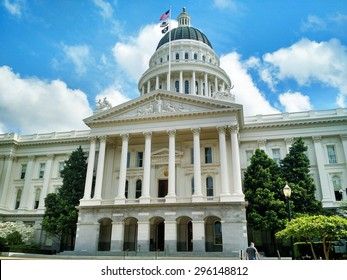 California State Capitol Building and Rotunda on Bright Sunny Day