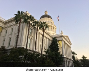 California State Capitol, lined by palm trees