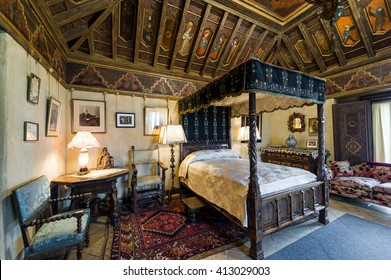 California, USA, 09 Jun 2013: Beautiful And Luxurious Bedroom With  Intricate Carvings And