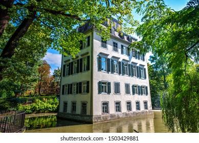 "The so called ""Holzhausen-Schloß"" at frankfurt"