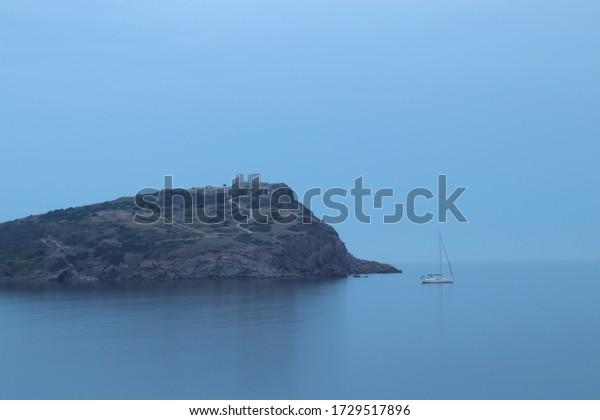 calming-sea-mediterranean-duskwith-ruins