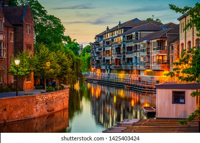 Cambridge city water canal at dusk. England