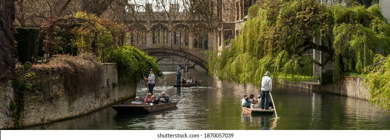 CAMBRIDGE, UK - 04.24.2010:  Panoramic view of punting on the River Cam by the covered bridge at St John's College known as the Bridge of Sighs