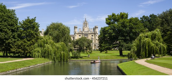 CAMBRIDGE, UK - JULY 18TH 2016: A beautiful view of St. John's College and the River Cam in Cambridge, on 18th July 2016.