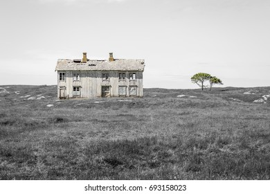 Came across this abandoned farm on an island outside the Norwegian coast. Here time has stood still for over 50 years. The houses and cottages were fully furnished and abandoned.