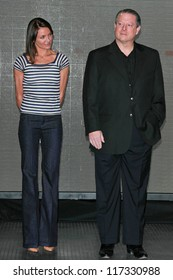 """Cameron Diaz and Al Gore at a press conference to Announce the Global Climate Crisis Campaign Concert """"Save Our Selves"""". California Science Center, Los Angeles, CA. 01-15-07"""
