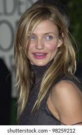 CAMERON DIAZ at the Golden Globe Awards at the Beverly Hills Hilton Hotel. 19JAN2003.  Paul Smith / Featureflash