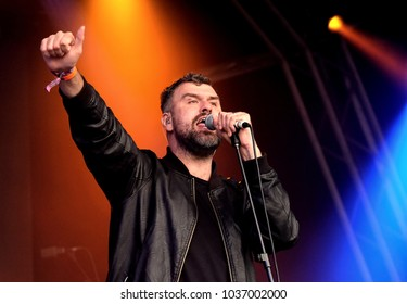 Camp Bestival - 28th July, 2017: Jon McClure singer with British group Reverend and the Makers performing at Camp Bestival, Lulworth, Dorset 28 July 2017, UK