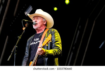 Camp Bestival - 30th July, 2017: Los Pacaminos featuring Paul Young performing at Camp Bestival, Lulworth, Dorset 30 July 2017, UK