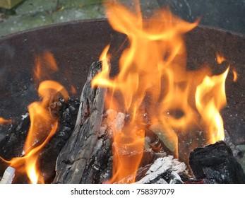 A (camp) fire