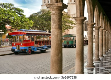 CAMPECHE, MEXICO - FEBRUARY 18,2014:  View of ytansport on main square in Campeche, Mexico.