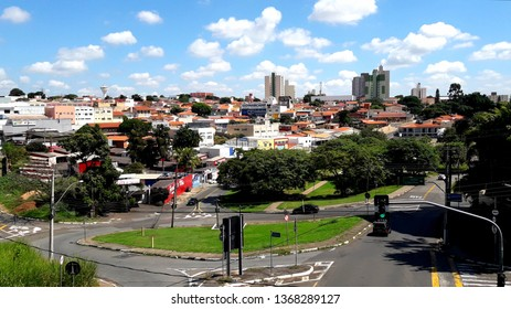 CAMPINAS, BRAZIL - APRIL 12, 2019: Jardim do Trevo is a commercial district in the South Region of Campinas. Cut by the Avenida Prestes Maia, in it is located the Trego Engineer Sérgio Motta, main acc