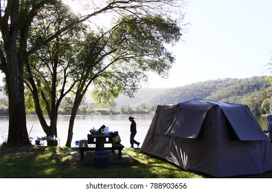 Camping along the Hawkesbury River just one hour away from Sydney.