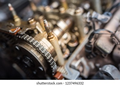 Camshaft of automobile with timing chain
