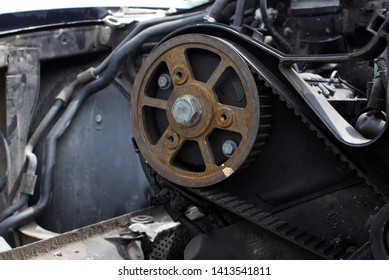 camshaft clutch with timing belt