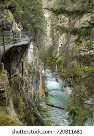 Canada - west - Rockies - Johnston Canyon