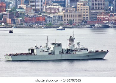 Canadian Forces Royal Canadian Navy Frigate HMCS Calgary (FFH 335) in Vancouver Harbour.  Vancouver, BC/Canada/Aug 24th 2019