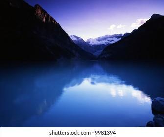 Canadian rocky Beautiful lake-36
