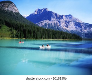 Canadian rocky Beautiful lake-79