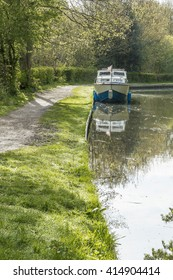 Canal boat on the Coventry Canal 2