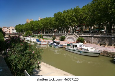 Canal du Midi in the centre of Narbonne
