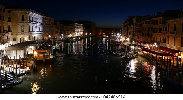 canal grande venice at night wide