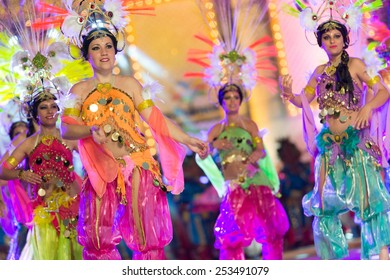 CANARY ISLAND, SPAIN - FEBRUARY 13, 2015: Unidentified girls with Arabic Costumes performing onstage during city of Las Palmas carnival One Thousand and One Nights opening show of Queens Gala.