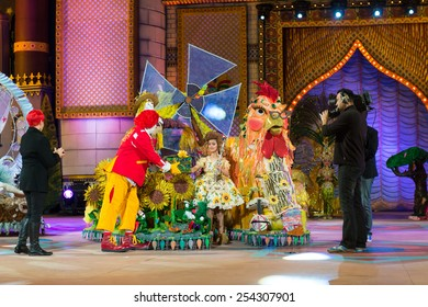 CANARY ISLAND, SPAIN - FEBRUARY 15, 2015:Alejandra Garcia Sarmiento (m) got 1prize for best performance and costume during city of Las Palmas carnival One Thousand and One Nights Junior Queen Gala.