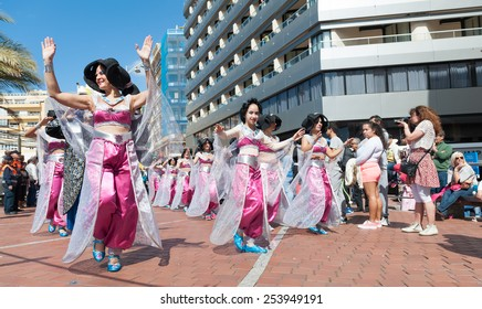 CANARY ISLAND, SPAIN - FEBRUARY 17, 2015:Unidentified girls from Dance School Oriental Dayma Naima during city of Las Palmas carnival One Thousand and One Nights opening show to Body Painting Contest.