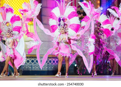 CANARY ISLAND, SPAIN - FEBRUARY 20, 2015: Unidentified dancers with samba costumes performing onstage during city of Las Palmas carnival One Thousand and One Nights opening show of Drag Queen Gala.