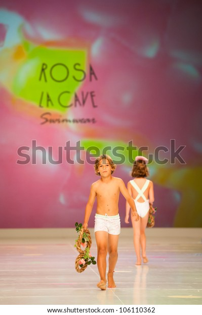 CANARY ISLANDS -JUNE 22: Unidentified models walks the runway in Rosa La Cave collection during Gran Canaria Moda Calida swimwear fashion show on June 22, 2012 in Canary Islands, Spain