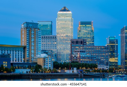 Canary Wharf, financial hub in London in the evening
