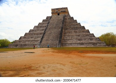 Cancun, Mexica 2014 ancient peramids in mexico