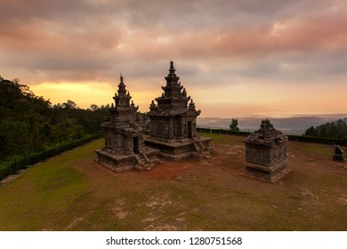 Candi Gedong Songo is a Hindu temples located in Java, Indonesia. It was built on the 8th & 9th centuries. Similar to the Dieng temples, and both represent the oldest Hindu structures in Java