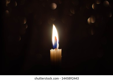 the candle with little bokeh background