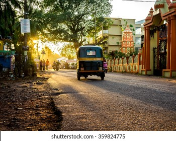 CANDOLIM, INDIA - 26 FEBRUARY, 2015: life on the street of the exotic little town Candolim. For any adventurer ant tourist main interest is very good Candolim beach.